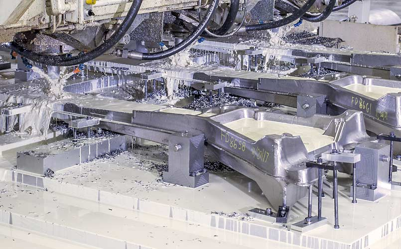 Multi-spindle long-bed machining