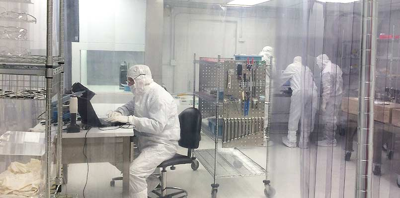 Cleanroom Assembly Semiconductor